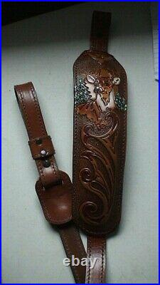 NEW AA&E PADDED LEATHER Series 1000 Gunsling with Whitetail Buck, NEW from Texas